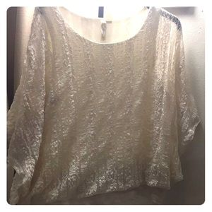 Flutter sleeve cream colored lace blouse XL